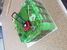 Lawn mower cake