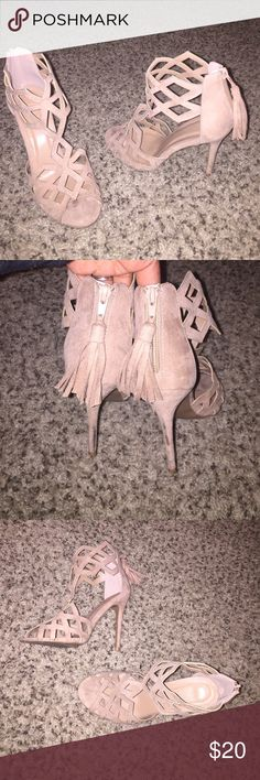 Cage Heels - Zipper Back Peep Toe So freakin cute! Worn once to brunch. Comfy, stylish and in season! Fringe zipper back detail. Taupe/Blush color. Marks on the back of the heel is from me stepping into sidewalk cracks :( Charlotte Russe Shoes Heels