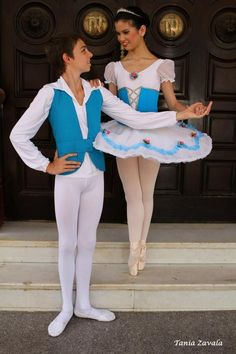 Love ballet and men who do it. Young Cute Boys, Cute Teenage Boys, Kids Boys, Ballet Tights, Dance Tights, Ballet Boys, Ballet Dancers, Boys Gymnastics, White Tights