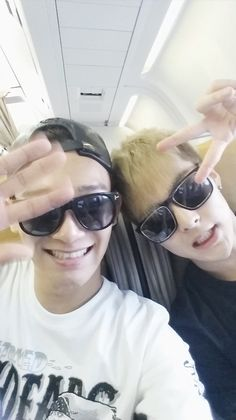 EXO Xiumin And Chen Say They Miss Luhan http://www.kpopstarz.com/articles/101537/20140730/exo-xiumin-and-chen-say-they-miss-luhan.htm