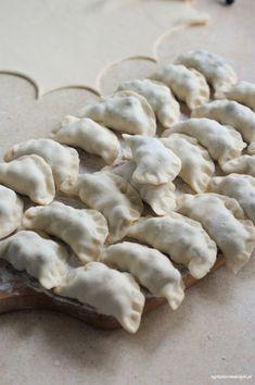 Pierogi, Dumplings, Stuffed Mushrooms, Polish Food, Dinner, Vegetables, Recipes, Pizza, Pies