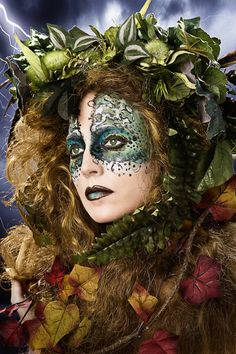 Ideas for mother nature photography model Fantasy Make Up, Fantasy Dress, Dame Nature, Makeup Tutorials Youtube, Forest Fairy, Fairy Makeup, Hair Shows, Creative Makeup, Costume Makeup