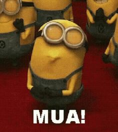 Mua Minion GIF - Mua Minion Kiss GIFs