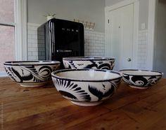 Vintage terracotta nesting bowls. - Door Sixteen