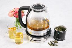 Making tea can be considered an art form. With the KitchenAid® Glass Tea Kettle, every cup is steeped to perfection. @loveandoliveoil uses hers to precisely brew her favorite teas. See how she does it on our blog.