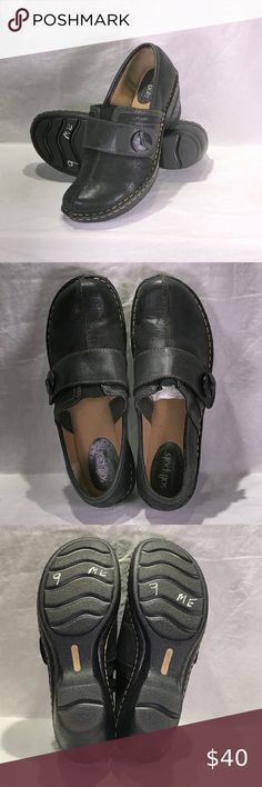 Black Leather Mules, Brown Leather Loafers, Leather Clogs, Dark Brown Leather, Mules Shoes, Heeled Mules, Mary Jane Clogs, Platform High Heels, Blue Suede