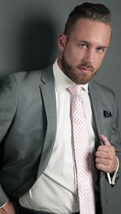 Dapper Gentleman, Gentleman Style, Sharp Dressed Man, Well Dressed Men, Mens Fashion Suits, Mens Suits, Sexy Military Men, Formal Men Outfit, Smart Men