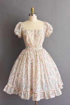vintage 1950s semi sheer floral puff sleeve full skirt dress