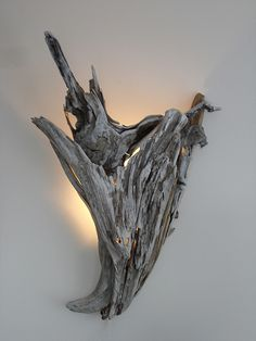 The Enchanting Driftwood Wall Sconce Driftwood Wall Sconce Lighting Lakes Lamps And Driftwood Lamp is one of pictures of lighting ideas for your home. Rustic Lighting, Wall Sconce Lighting, Wall Sconces, Driftwood Chandelier, Driftwood Sculpture, Diy Lampe, Deco Luminaire, Driftwood Projects, Log Furniture