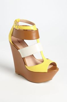 3d53989050 Free shipping and returns on Sole Society 'Emma' Wedge Sandal at  Nordstrom.com