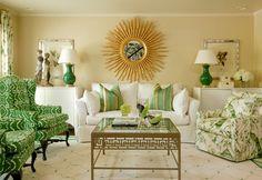 I love this green livingroom