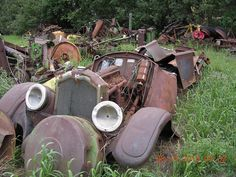 BUICKS IN BARNS and WOODS-buick-parts-car.jpg