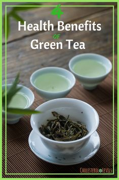 natural acne remedies How To Use Green Tea To Treat Acne - Green tea is popular all over the world for the health benefits it offers. But green tea for acne treatment is a thing too. Read on to know how. Cystic Acne Treatment, Back Acne Treatment, Natural Acne Treatment, Acne Remedies, Natural Remedies, Health Remedies, Aloe Vera, Green Tea Benefits, How To Get Rid Of Acne