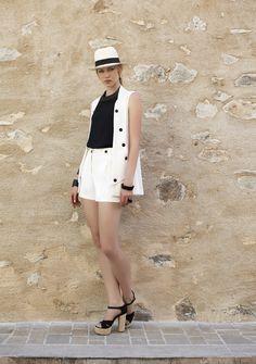Maxi colete com botões verão 2016 Romariabh #coletes #trend #fashionclothes #botões #blackwhite