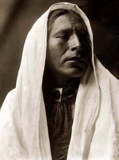 Taos Indian man. 1905. Edward curtis