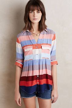 i love the colors and general style of this shirt. I would like a maternity shirt or two like this for this summer before I get too big.