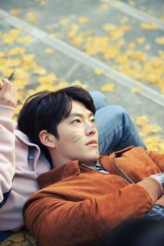 """KIM WOO BIN❤️ UNCONTROLLABLY FOND❤️ This is my favourite pic of him so far. far better than any of the posed looking ones. this is much more appealing. it at least looks """"real"""". Kim Woo Bin, Bae Suzy, Asian Actors, Korean Actors, Korean Actresses, Korean Dramas, Boys In Groove, My Shy Boss, K Pop"""