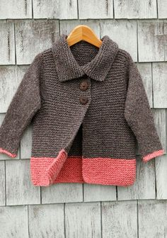 Knitting your first sweater is a big step to take so it is important to find a sweater pattern that is simple to knit. Here are some of my favorites when it comes to simple sweaters that look great… Baby Knitting Patterns, Knitting For Kids, Easy Knitting, Knitting For Beginners, Baby Patterns, Knitting Yarn, Baby Sweater Patterns, Knitting Ideas, Cardigan Pattern