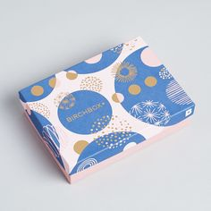DESIGN Birchbox: December 2017 Tips For Spring Gardening It happens every year. Beer Packaging, Food Packaging Design, Beauty Packaging, Brand Packaging, Branding Design, Stationery Design, Corporate Design, Graphic Pattern, Packaging Inspiration