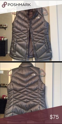 550 North Fave Puffy Vest PERFECT Platinum Gray Nearly new!! Perfect. Great lines!!! North Face Jackets & Coats Vests