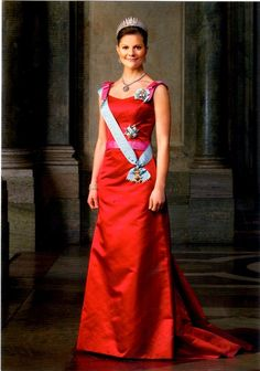 Crown Princess Victoria of Sweden in red dress #Charismatic #Fashionista