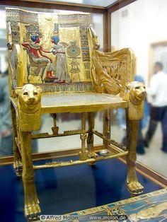 Golden throne, Tutankhamun Tomb Exhibit, Museum of Egyptian Antiquities, Cairo, Egypt | Alfred Molon