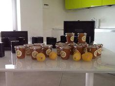 L'olio biologico Era e le Marmellate artigianali Jam.m esposte nel set Castèstyle