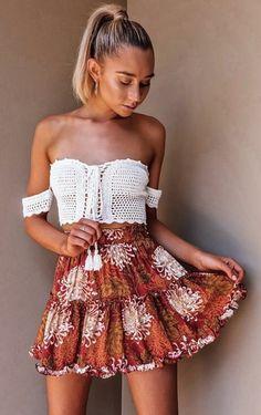 69182bc8e9 A(z) miniszoknya nevű tábla 8 legjobb képe   Mini skirts, Moda ...