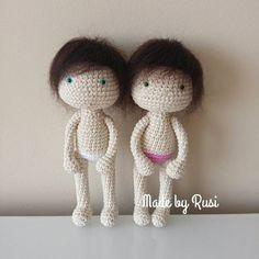 """283 Me gusta, 7 comentarios - Ruska Naidenova (@rusi_nai) en Instagram: """"Mini dolls #crochet #crochetdoll #amigurumi #amigurumidoll #madebyrusi #rusidolls"""""""
