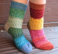 Ravelry: perfect for leftover sock yarn - free pattern
