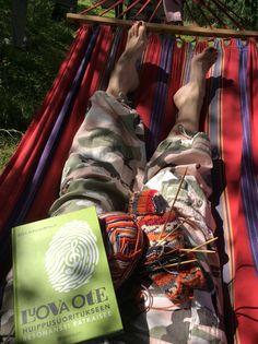 Inspiroiduin taas kerran käsillä tekemisestä, kesästä, lomasta, auringosta, riippumatosta ja lukemisesta. -Kristiina Knutars-