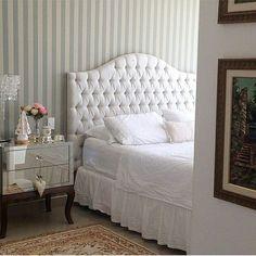 Curious one by projetocasada #homedesign #contratahotel (o) http://ift.tt/2eUMH0u linda de decoração de quarto! #projetocasada #projetonoiva #bride #wife #vidadecasada #vidaadois #amor #felicidade #encontros #love #casamento #wedding #cha #chadelingerie #chadecozinha #chabar #chadepanela #chadelingerie #decoracao #weddingdecor #homedecor  #casaarrumada #noivos #noivas #casamentoblindado #bedroom  #quarto #decoracaodequarto
