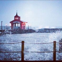 Hurricane Sandy moving in on Seneca Lake