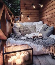 Sweet and Romantic Bedroom Ideas You Would Love To Have; Sweet and Romantic Bedroom Decoration; Sweet and Romantic Bedroom; Sweet and Romantic Bedroom Design;Sweet and Romantic Bedroom Decor; Cozy Room, Warm Cozy Bedroom, Comfy Bedroom, Aesthetic Bedroom, Cozy Aesthetic, Home Living, Dream Rooms, New Room, Cozy House