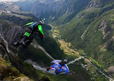 As Voss,Norway is hosting the Ekstremsportveko/Extreme sports week; we wanted to provide you with more info on what to do in Voss. You don't have to be an adrenaline junkie like these guys (but who can blame them with those views?!): http://ow.ly/bO3Qc  Photo by Øyvind Birkeland, Norway