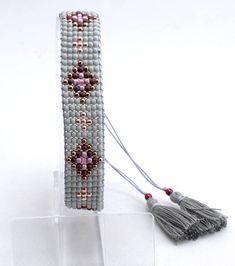 Loom Bracelet Patterns, Bead Loom Bracelets, Bead Loom Patterns, Unique Bracelets, Beading Patterns, Beaded Hat Bands, Diy Jewelry, Unique Jewelry, Loom Beading