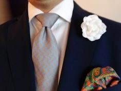 Very nice and elegant outfit with boutonniere and colorful pocket square!  #boutonniere #pocketsquare #necktie #classy