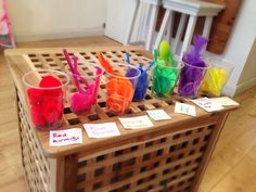 BUBBLEGARM - Colour sorting with Esra (toddler activities)