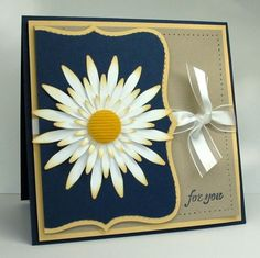 gorgeous handmade card ... layered daisy ... Stampin' Up!
