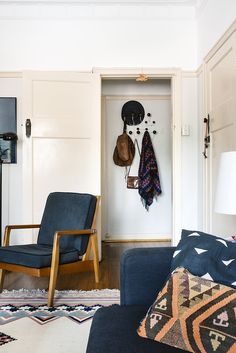 A Brisbane Home Filled with Light and Treasured Collections   Design*Sponge