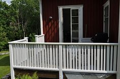 Hemma på Kråkered: Målardag! Balcony, Terrace, Porch, Garage Doors, Sweet Home, Deck, Architecture, Outdoor Decor, Home Decor