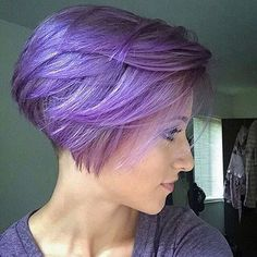 Fat purple hair color for a pixie cut - Kurze Haarschnitte - Lilac Hair Inverted Bob Hairstyles, Popular Short Hairstyles, Cute Hairstyles For Short Hair, Short Hair Cuts, Short Hair Styles, Pixie Haircuts, Pixie Cuts, Top Hairstyles, Girl Haircuts