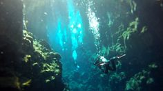Scuba diving in Silfra - diving between the tectonic plates in Iceland!