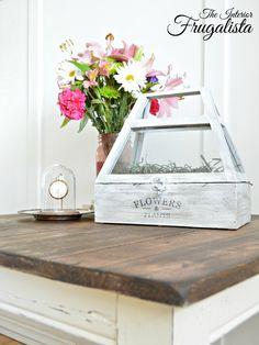 Dark Walnut stain and Vanilla Frosting Chalk Paint give a thrift store side table a Farmhouse makeover |The Interior Frugalista
