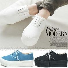 Buy 'Reneve – Lace-Up Platform Sneakers ' with Free International Shipping at YesStyle.com. Browse and shop for thousands of Asian fashion items from South Korea and more!