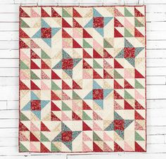 Boundless Heirloom Bloom Fabric & Charming Friendship Stars Pattern Quilt Kit - None