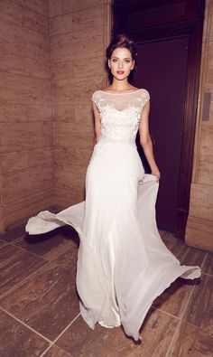 Gorgeous wedding dresses from the 2014 bridal collection of Aussie designer Karen Willis Holmes Wedding Dress Necklines, Wedding Dress Chiffon, Elegant Wedding Dress, Chic Wedding, Wedding Tips, Perfect Wedding, Lace Wedding, Wedding Photos, Karen Willis Holmes