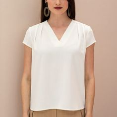 Sewing For Beginners, Sassy, V Neck, Couture, Fashion, Accessories, Moda, Fashion Styles, Beginners Sewing