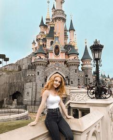 Julia Adamenko in Disneyland Paris Bella Thorne Instagram, Prety Girl, Gorgeous Redhead, Cute Girl Photo, Redhead Girl, Skinny Girls, Julia, Girl Photography, Pretty Face