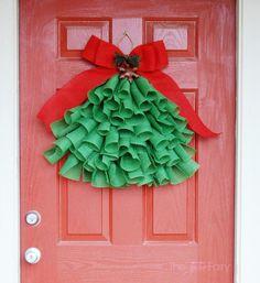 Easy DIY Burlap Christmas Tree Wall Hanging Tutorial - decor instead of a wreath   The TipToe Fairy #christmas